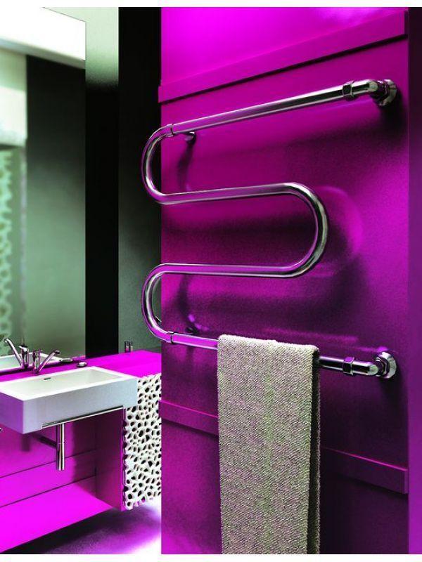 Полотенцесушители как интерьер в ванне фото